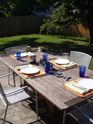 Summer Dining, Family Style
