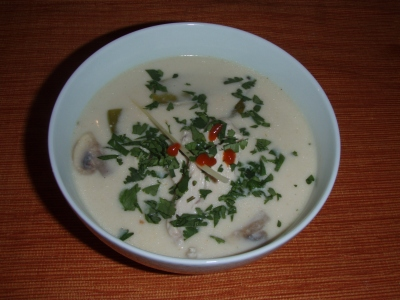 Tom Kah Kai (Thai Chicken Coconut Soup)